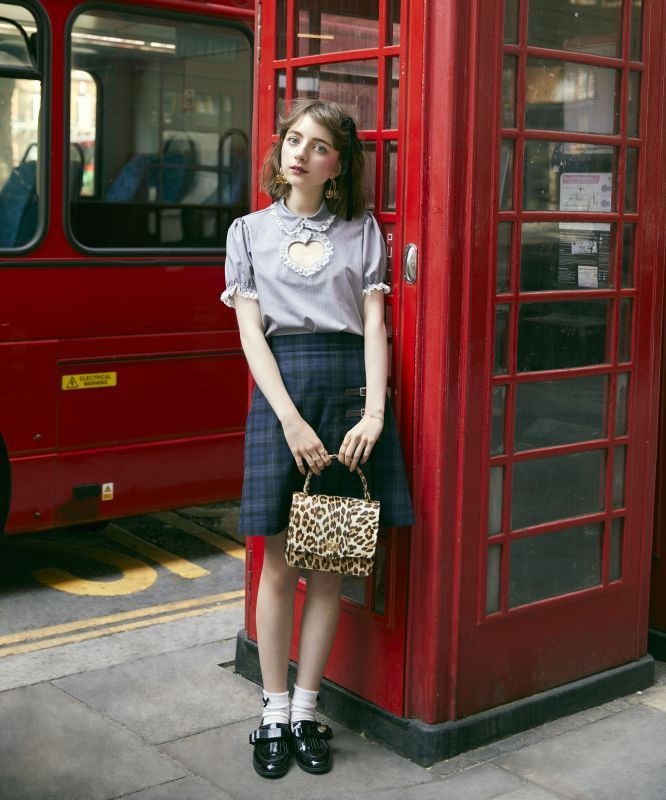 画像1: 【30%OFF】Hannah's university skirt (ハンナのユニバーシティスカート) (1)